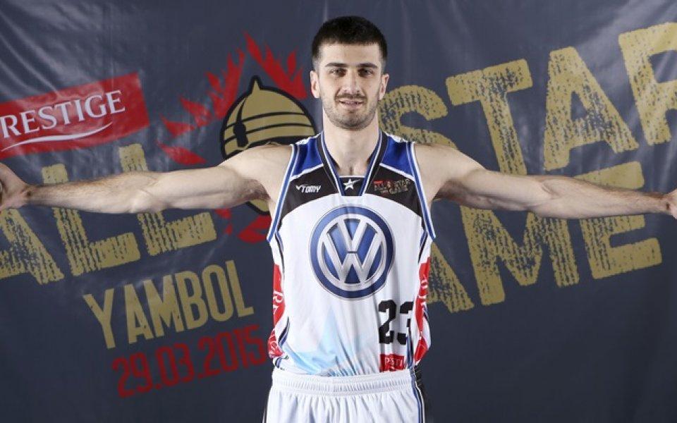 Станимир Маринов с добър мач за победа на Клуж