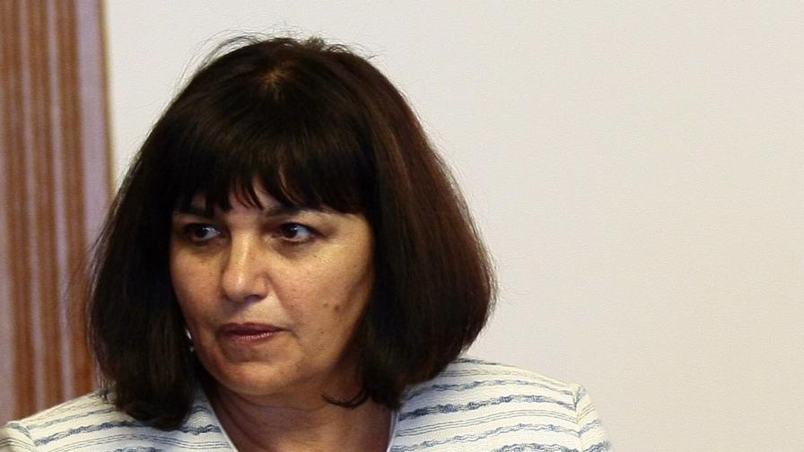 ГЕРБ застана зад Коцева, но гласува нейната оставка