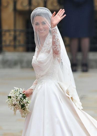 На 29 април ще станат точно 5 години, откакто принц Уилям и Кейт Мидълтън се врекоха взаимно във вечна вярност. Нека си припомним някои от най-красивите и забележителни моменти от сватбата им.
