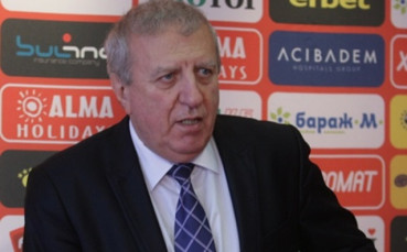 Александър Томов коментира случващото се в Левски