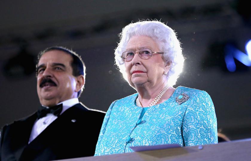 Кралицата навърши 90 години на 21 април. По традиция честванията на рождения ден се състоят на по-късен етап. Снощи в замъка Уиндзор се проведе концерт с участието на Кайли Миноуг и много други знаменитости.