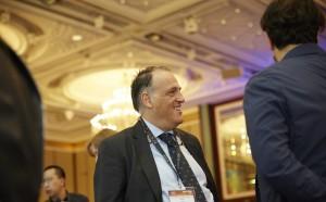 Шефът на Ла Лига дава ПСЖ на КАС и ЕС, ако УЕФА не ги накаже