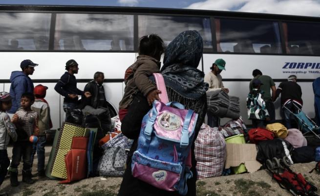 Наплив на мигранти към България