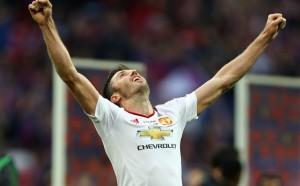Най-възрастният в Юнайтед си даде сезон размисъл за отказването