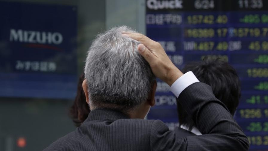 Паника на световните борси заради Брекзит