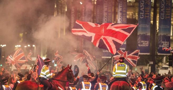 """Снимка: Уотсън: Правителството на Мей ще падне точно преди """"Брекзит"""""""