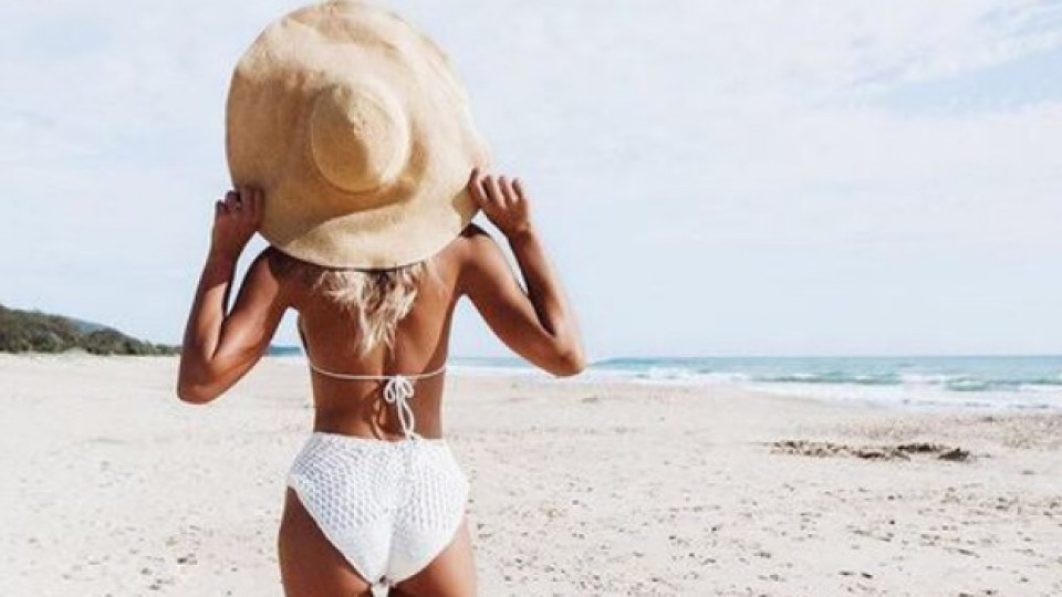 Как да изглеждате страхотно на снимките от плажа
