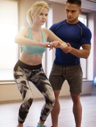 Не отделяте достатъчно време на обучение<br /> Инвестирайте в няколко сесии с треньор. Правилно изпълнени и съобразени с вашите способности и цели упражнения, ще ви доближат по-лесно до желаната форма.Дори и да не можете да си позволите личен треньор при всяко посещение в залата, консултирайте се и после следвайте съветите на професионалиста.
