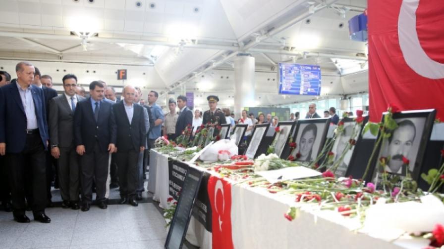 37 души са арестувани за кървавия атентат в Истанбул
