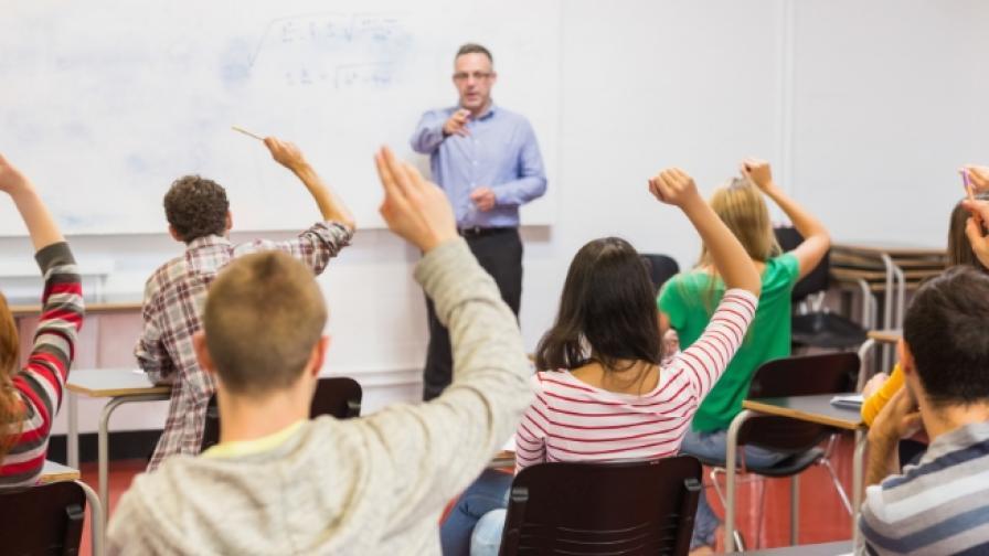 Учениците се насочват към сферата на информационните технологии
