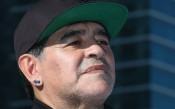 Марадона се предложи на Наполи