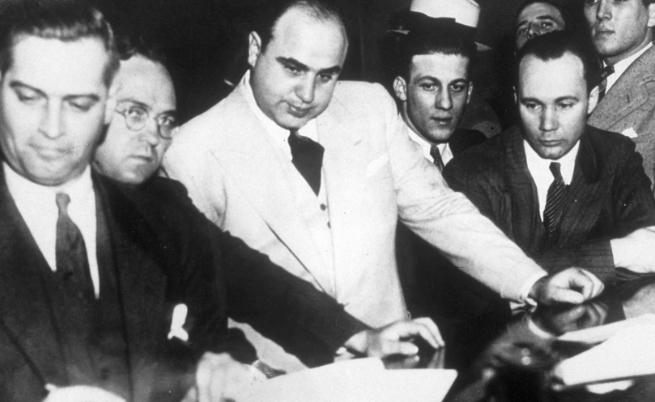 Гангстерът, който оглавява мафията в САЩ на 26 г.