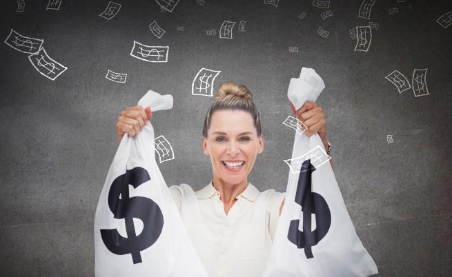 Зодиите, които ще се радват на най-много пари през август