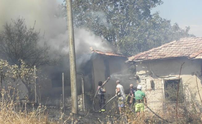 Гасят пожара в с.Селище