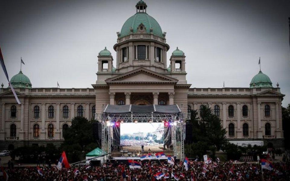 Посрещане по сръбски: 20 хиляди чакаха медалистите от Рио в Белград