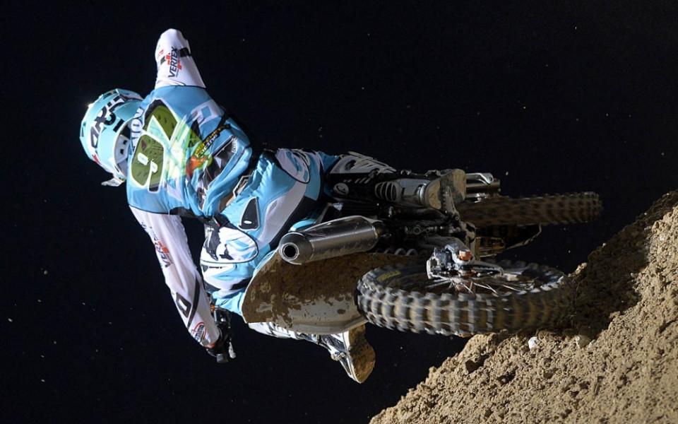 Майкъл Иванов започна сезона с двойна победа в мотокроса