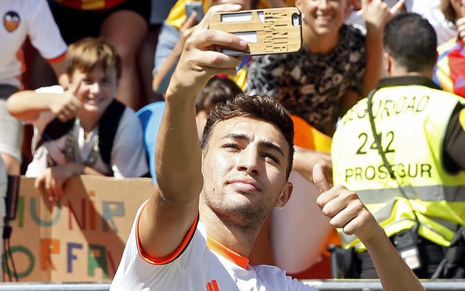 Нападател пред завръщане в Барселона