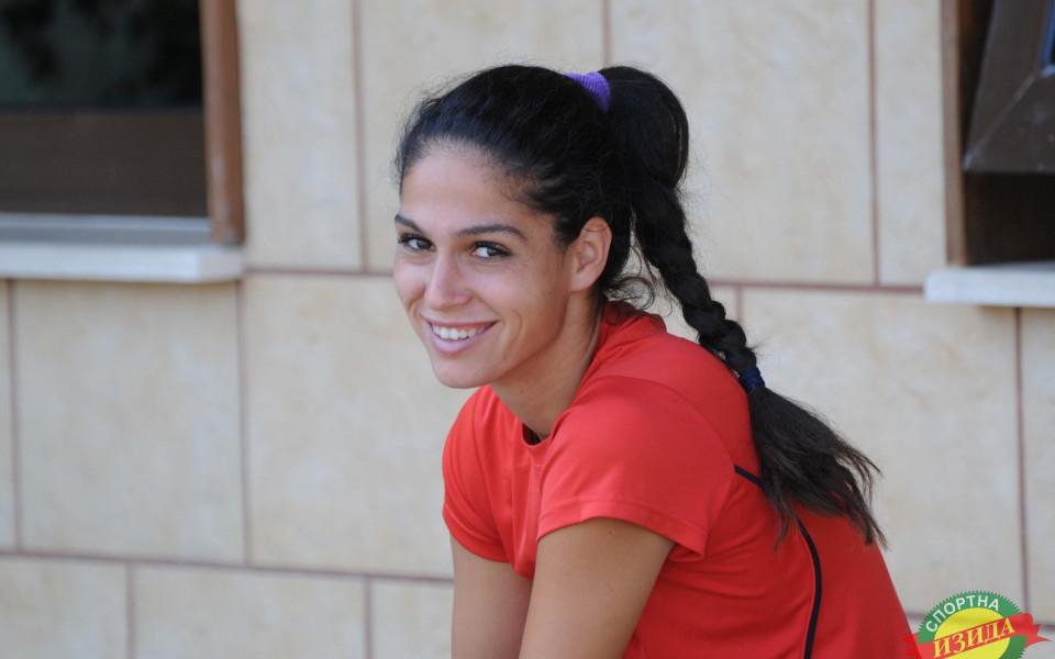 Изабелла Шиникова стигна четвъртфинал във Висбаден