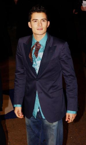 Орландо Блум е роден на 13 януари 1977 г. в Кентърбъри, Кент, в семейството на Соня Копланд и Хари Блум. Баща му е роден в Южна Африка, работи като адвокат и борец против апартейда. През 2010 г. Блум се жени за Миранда Кър, от която има син. През 2013 г. те се разделят. В момента има ...