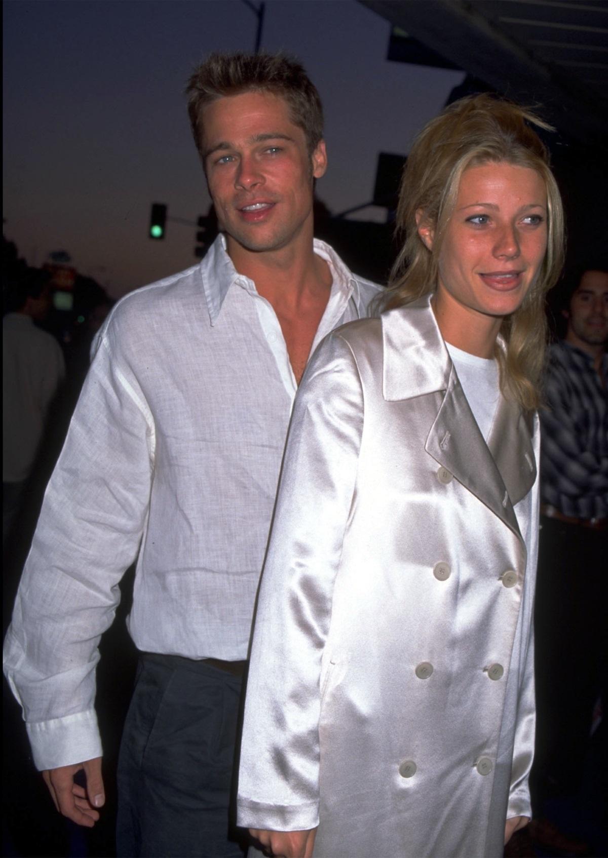 """През 1994 г. Брад Пит започва връзка с актрисата Гуинет Полтроу. Полтроу е на 20, когато се запознава с Брад. Връзката им продължава три години. За връзката си с него актрисата споделя: """"Не бях готова, а той беше прекалено добър за мен""""."""