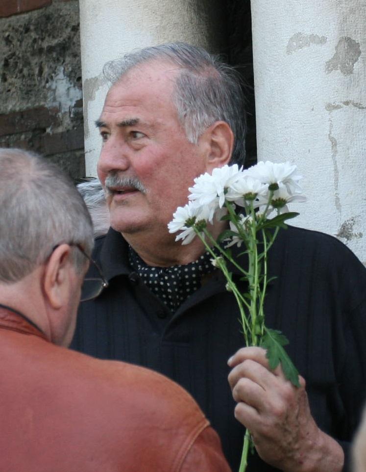 Жорж Ганчев и кандидатът му за вице Кольо Парамов. Техният номер в бюлетината е 5