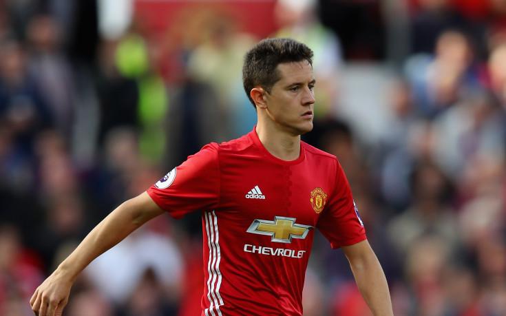 Ман Юнайтед предлага нов четиригодишен договор на Ерера
