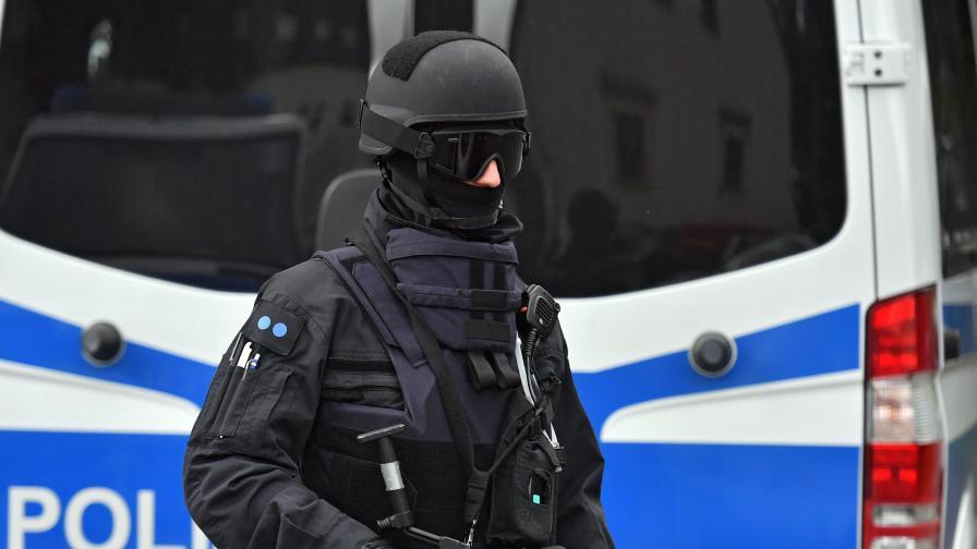 Германската полиция застреля нападател в пекарна