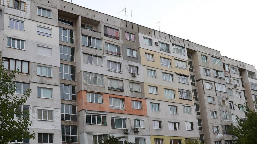 Министър даде санирането на прокуратурата, Павлова отговори