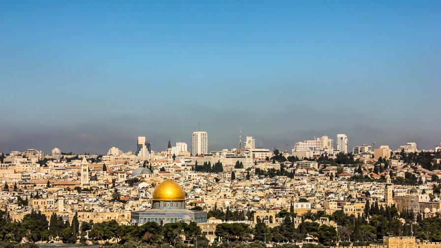 Тръмп ще признава Йерусалим за израелски, Арабската лига настръхна