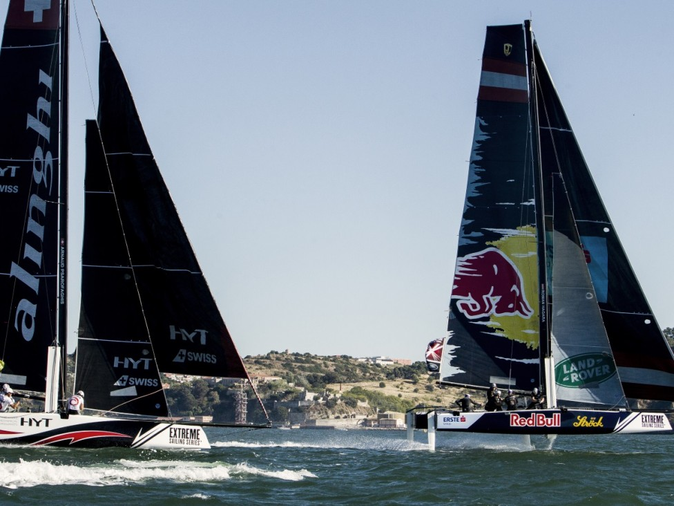 - Най-добрите мореплаватели мерят сили, управлявайки най-бързите лодки в света