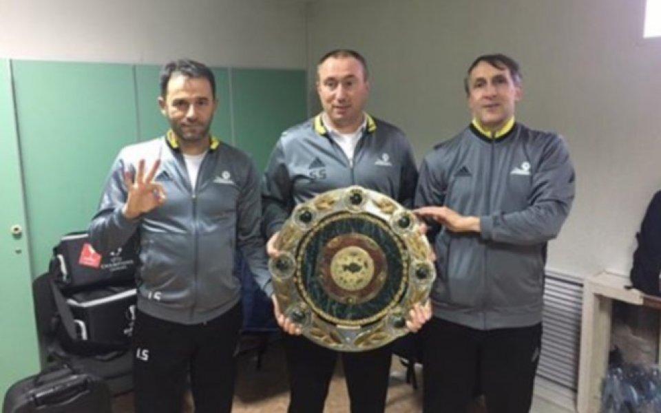 Станимир Стоилов: Футболистите ми са герои