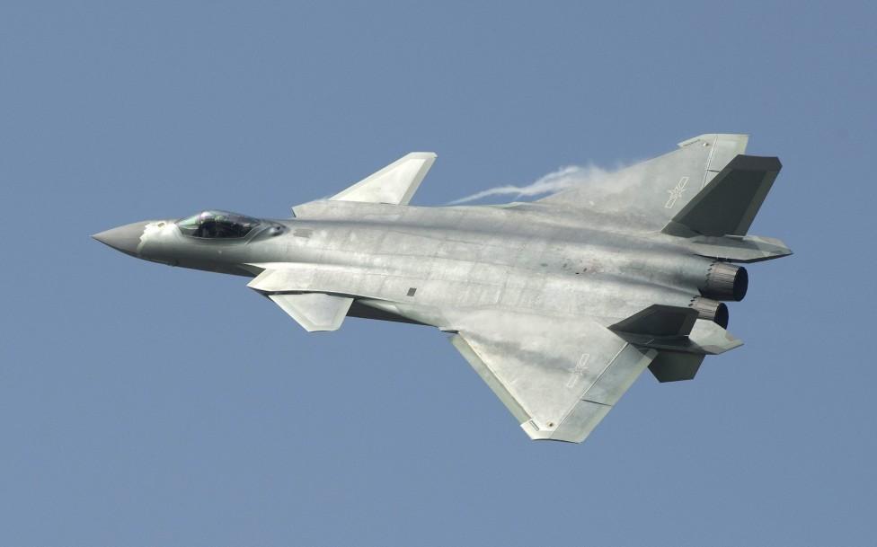 - Китай демонстрира най-новото от авиационните си технологии в град Жухай, в провинция Гуандун. Зрителите видяха и дебюта на J-20, който е първият...