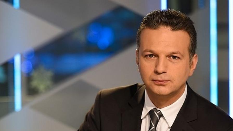 Водещият на новините Николай Дойнов стана баща
