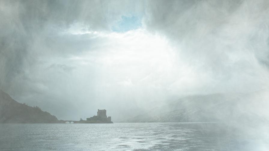 Липсващата история на един красив замък край Атлантика