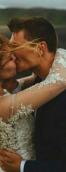 """""""Любовта е да направиш място за втория в живот, който е бил за един..."""""""