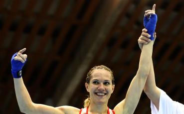 Станимира Петрова ще се боксира  срещу румънка на финала