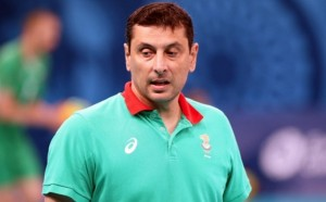 Тежка загуба за младежите на старт на световните квалификации