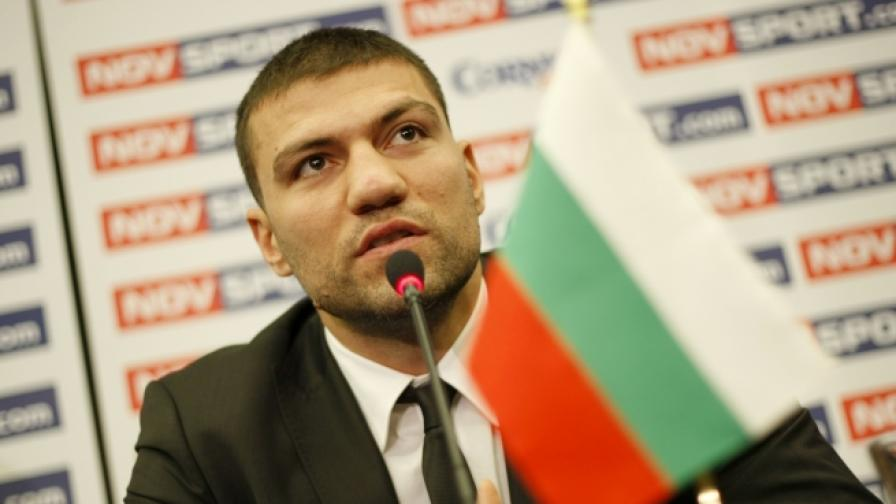Тервел Пулев дебютира на професионалния ринг в София