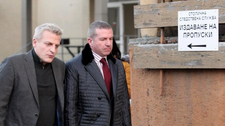 Москов и заместникът му с обвинение по служба