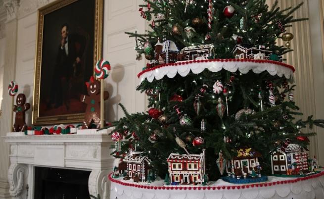 Невероятна коледна украса в Белия дом