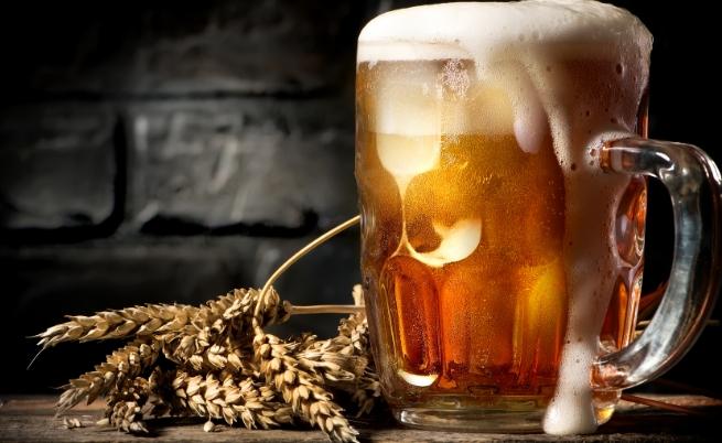 Верен отговор а) Истина. Това е традиция в Ирландия. Кръводарителите получават бутилка бира, за да подхранят организма си с желязо.