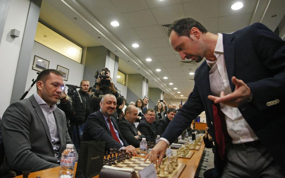 Веселин Топалов стартира на силен турнир в Париж