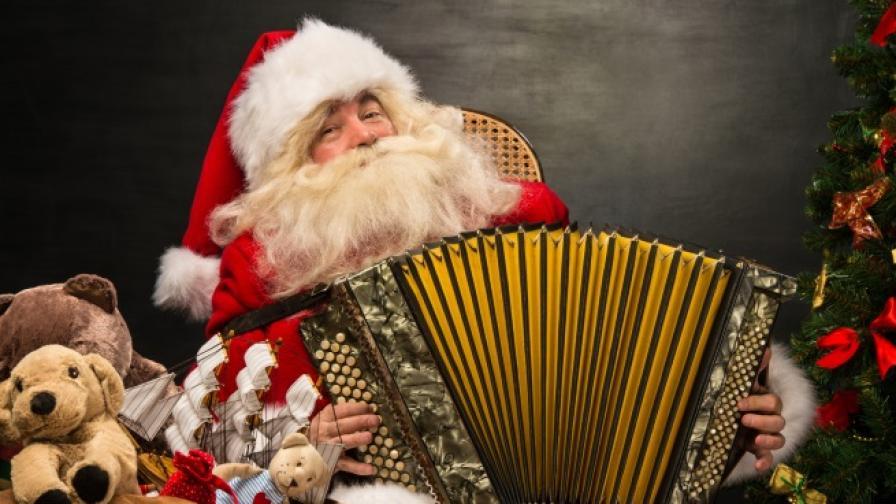 Коледните песни, които носят огромни печалби