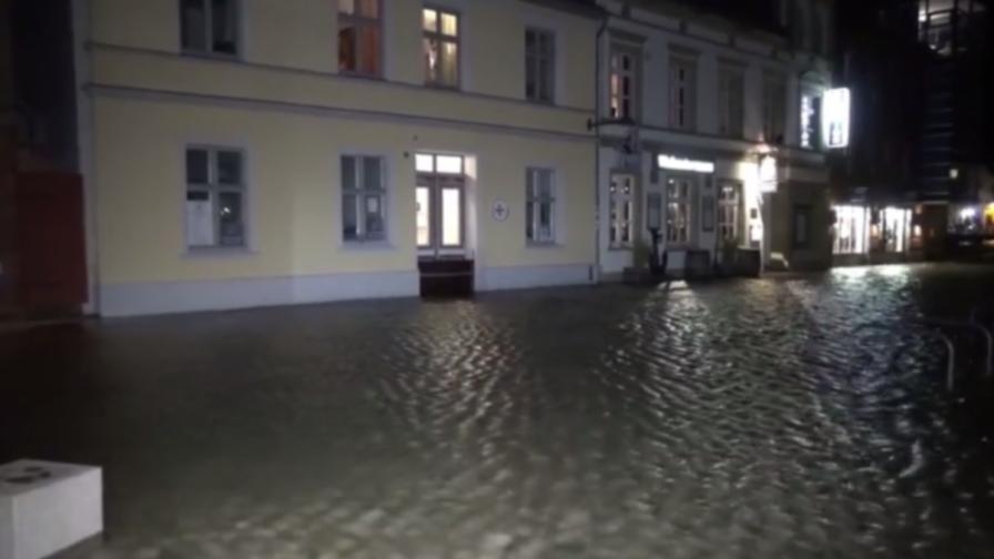 Невиждани наводнения в Германия от 10 години