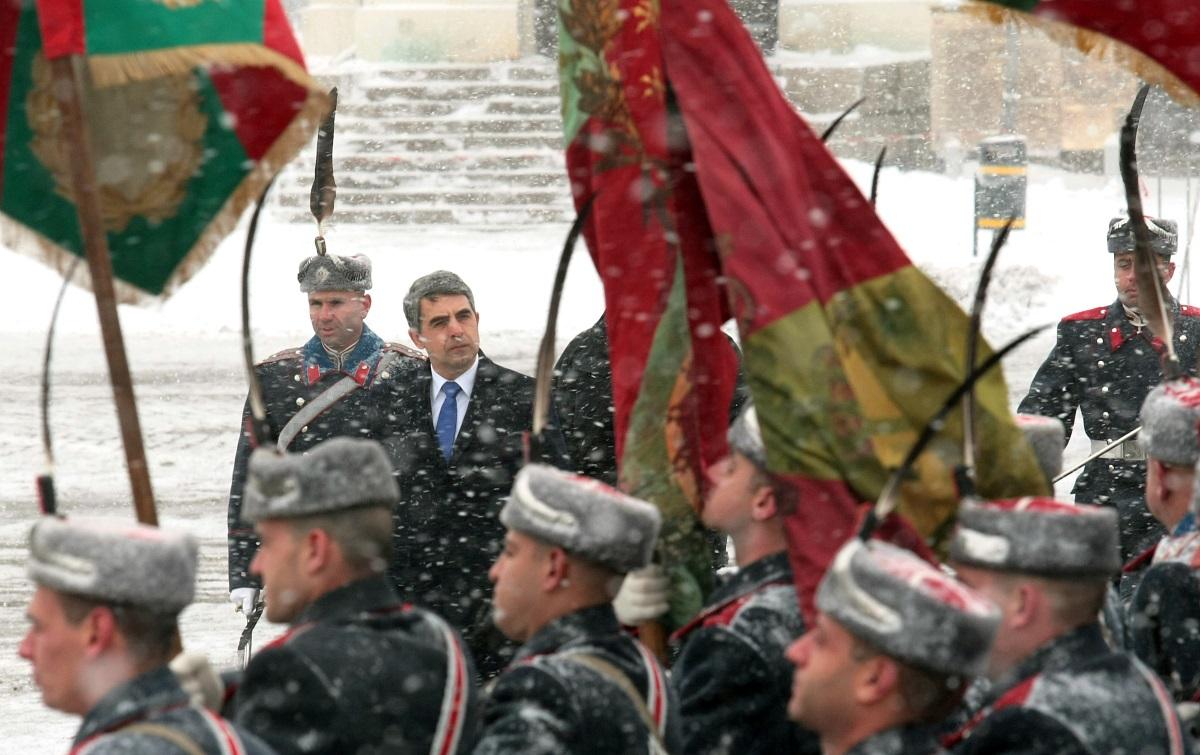 В София освещаването на бойните знамена и знамената светини на йорданов стана под непрекъснат снеговалеж