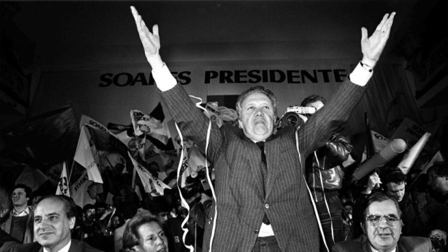 """Почина """"Бащата на демокрацията"""" на Португалия"""