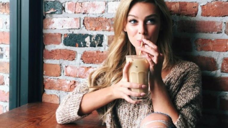 жена кафе