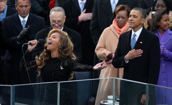 Поп звездата Бионсе пя на церемонията по встъпване в длъжност на Барак Обама