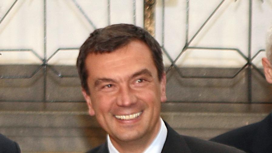 Почина най-младият вицепремиер на България