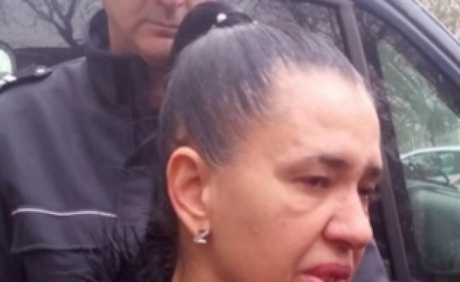 Анита Мейзер излиза от затвора